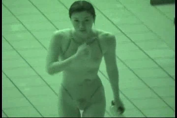 【盗撮動画】女子競泳選手たちを赤外線カメラで撮影!マン毛スケスケ上等!ポッチリ乳首透けのギャルもご登場w